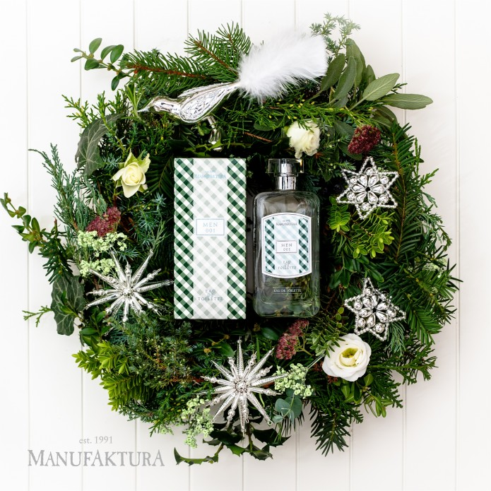 Scented Christmas with Manufaktura Eau de Toilette